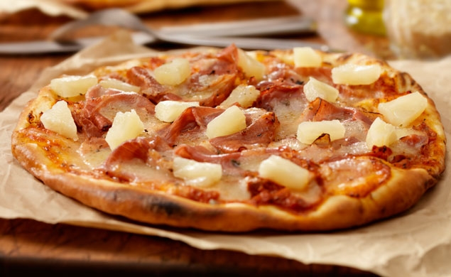 Grilled Hawaiian Pizza
