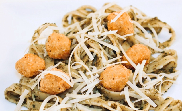 Pasta al Pesto with Popcorn Chicken